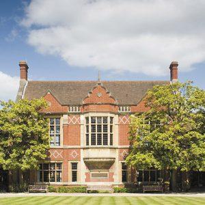 Υποτροφίες για μεταπτυχιακές σπουδές από το University of Reading στην Αγγλία